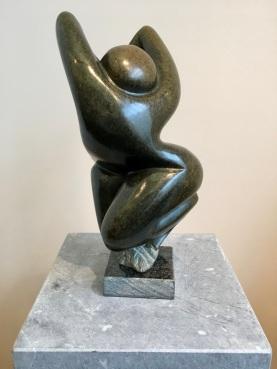 Dancer, Ngandu