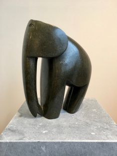 Elephant, Danbuzi